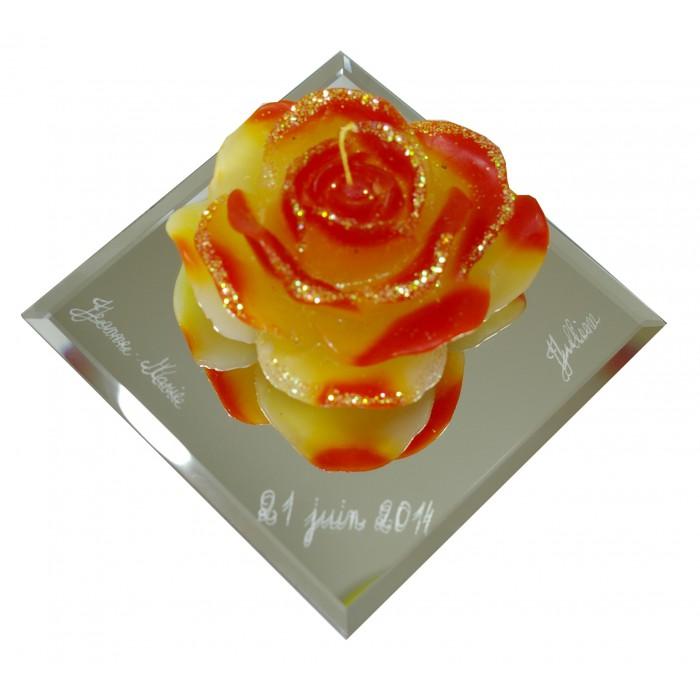 bougie rose avec miroir personnalis cadeaux pour toi et moi. Black Bedroom Furniture Sets. Home Design Ideas