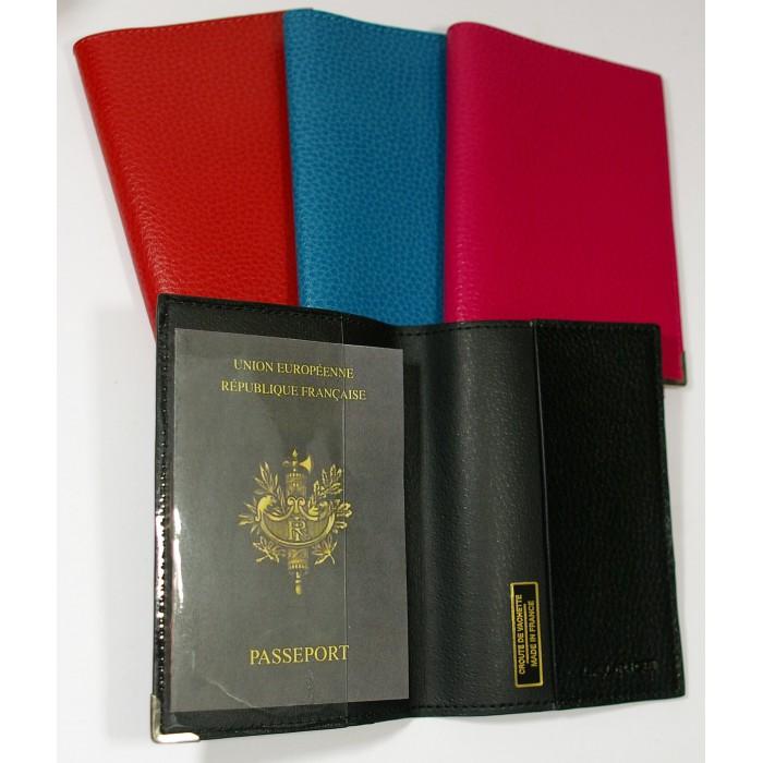 etui passeport cadeaux pour toi et moi. Black Bedroom Furniture Sets. Home Design Ideas