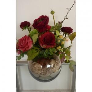 Anémones et roses en soie