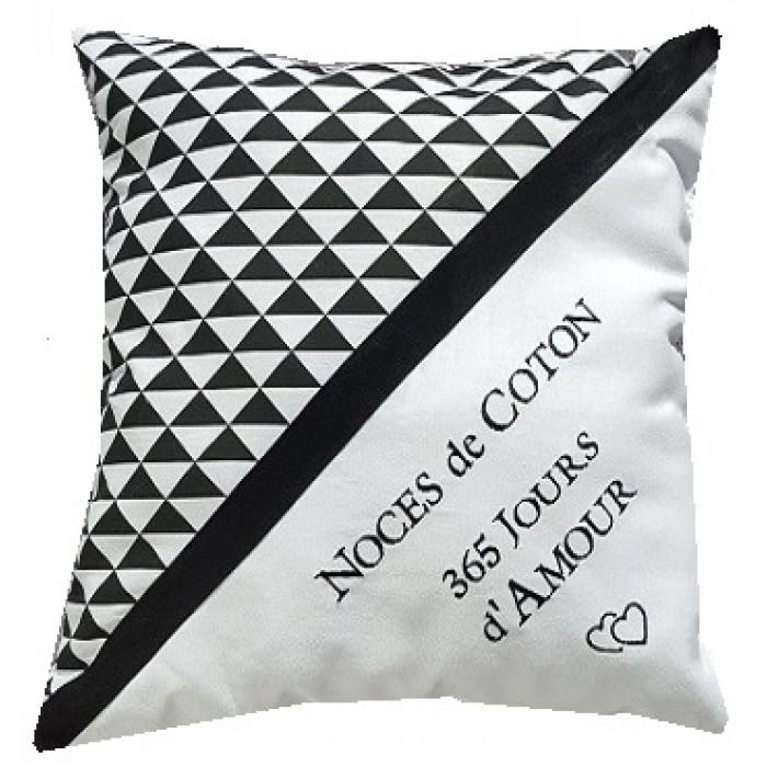coussin noces de coton personnaliser cadeaux pour toi. Black Bedroom Furniture Sets. Home Design Ideas